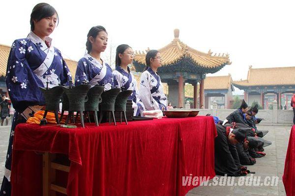 国学社组织参与甲午年春祭孔子活动-山东大学新闻网